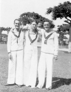 tn_Three Sailors